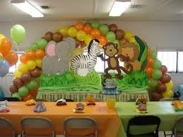theme for baby shower safari theme baby shower decorations 594