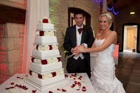 big wedding cakes big weekend wedding cakes contemporary cake designs
