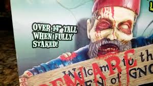 deady teddy spirit halloween beware of the gnomes lawn sign unboxing spirit halloween youtube