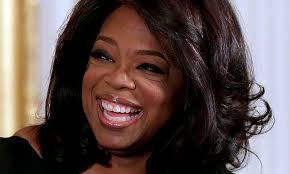 oprah winfrey new hairstyle how to see oprah winfrey s hair evolution over 25 years because she s