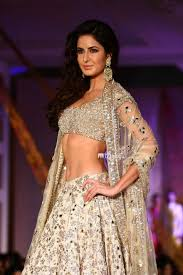 katrina kaif to get more hd and latest photo click here http