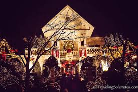 dyker heights holiday lights new york city the christmas lights in dyker heights brooklyn