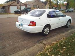 Nissan Altima White - 1998 nissan altima information and photos zombiedrive