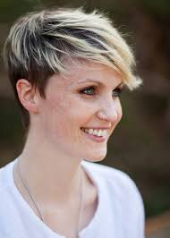 short frosted hair styles pictures frosted fringe short pixie how cute pinterest fringe shorts