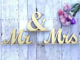 mr mrs sign for wedding table mr and mrs sign wedding sweetheart table mr and mrs table sign