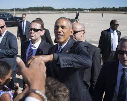 Obama Wedding Ring by President Obama Removes His Wedding Ring Before Shaking Hands