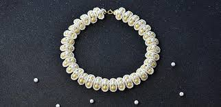 beading necklace images Free beading pattern for a fashion white pearl bead necklace jpg