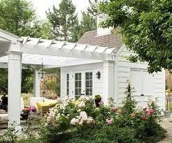 ideas about guest house house best 25 backyard guest houses ideas on backyard house