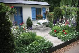 cottage style gardens images stunning cottage style gardens 23