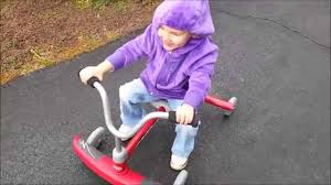 Radio Flyer Ready Ride Scooter Radio Flyer Ziggle Rider Demo Youtube