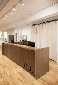 Pop Up Reception Desk Mahna Mahna Soho New York Avoid Obvious Retail Design 7 Avoid