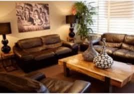 maison coloniale canapé canape taupe cuir conception impressionnante idée couleur salon
