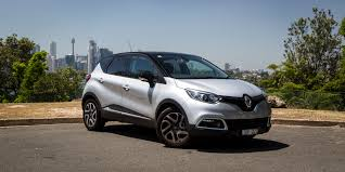 captur renault renault captur facelift and u0027ev surprise u0027 coming to geneva
