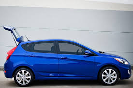 Hyundai Accent Interior Dimensions 2013 Hyundai Accent Overview Cars Com