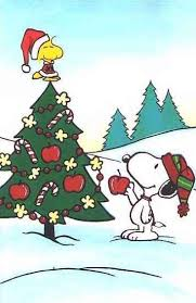 snoopy tree woodstock and snoopy decorating their christmas tree
