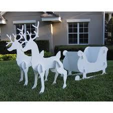 santa sleigh decoration absolutely needed