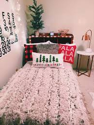 best 25 christmas room ideas on pinterest diy christmas room