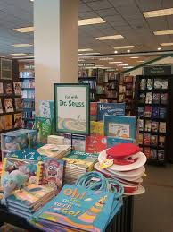 Barnes And Noble Connecticut Barnes U0026 Noble Booksellers 11 Reviews Bookstores 1599 S East