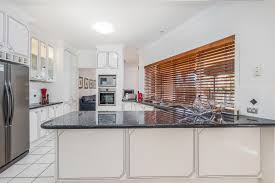 32 sunset place carindale qld 4152 house for sale ray white photos video floorplan description ask a question location