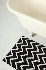 Zig Zag Floor L Black And White Zig Zag Bath Mats For Clawfoot Tub Useful Bathroom