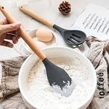 ustensile de cuisine en silicone ustensiles de cuisine en silicone et manche en bois sondaquiz special