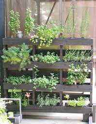 garten balkon pallet gardening ideas wood pallets furniture for garden
