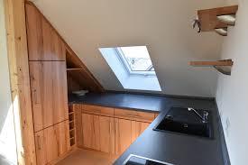 dachgeschoss k che offene küche wien schreinerei küche mit dachschräge ja bitte