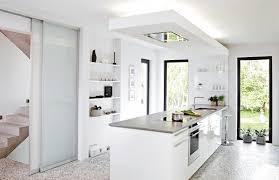 kche weiss hochglanz mit braun fliesen modernes wohndesign tolles modernes haus küche idee hochglanz
