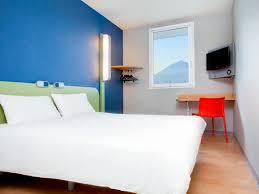 chambre pour jeune homme hôtel à riom ibis budget clermont ferrand nord riom