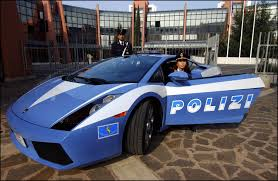 fastest police car lamborghini huracan did police deploy supercar in chase