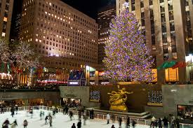 photos of the rockefeller center tree through the years