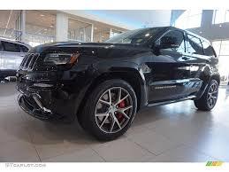 black jeep cherokee 2016 2016 brilliant black crystal pearl jeep grand cherokee srt 4x4