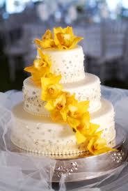 die besten 25 yellow large wedding cakes ideen auf pinterest
