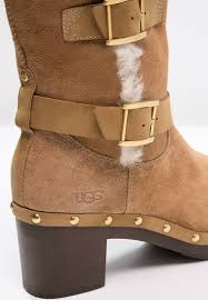 womens boots size 11 on sale ugg mini ii sizing ugg platform boots chestnut