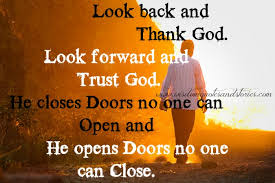 look back and thank god look forward and trust god wisdom 431117