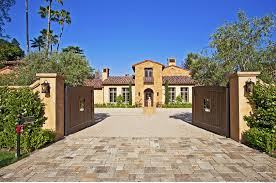 Celebrity Homes In Beverly Hills by Celebrity Celebrity Homes