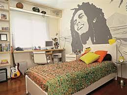 wallpaper dinding kamar pria 60 desain kamar tidur paling keren dan unik untuk remaja modern