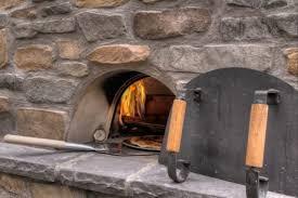 pizzaofen und gartengrill selber bauen grillkamin bauen diese