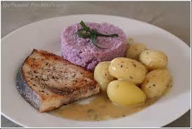 cuisiner l espadon espadon sauté au beurre blanc semoule crémeuse de chou fleur en
