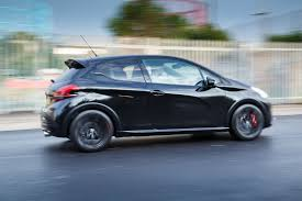 peugeot sport cars top 5 things about the peugeot 208 gti by peugeot sport hatch