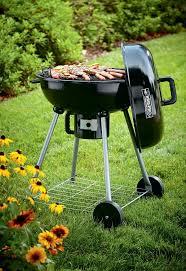 Backyard Barbecue Grills 14 Ideas For A Cozy Family Backyard You U0027ll Love Thegoodstuff