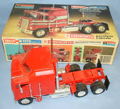 kenworth truck models monogram snap tite plastic model kit 1209 kenworth aerodyne