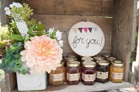 cadeau invites mariage cadeau invité mariage chetre fleurs en image