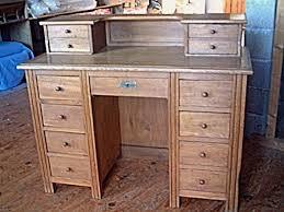 meuble bureau ancien bureau en chêne ancien a 13 tiroirs époque ées 50 antiquites