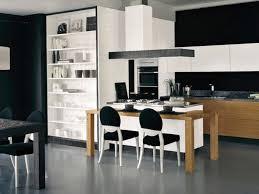 cuisine avec table à manger cuisine avec table à manger cuisine en image