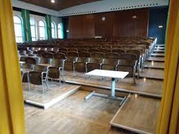H Enverstellbarer Tisch Studierende Mit Behinderung H 3012 H 3010 H 3013 Und H 3503