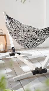 Mobel Fur Balkon 52 Ideen Wohnstil Moderne Hängematte Aus Gestricktem Jacquard Stoff Mit Ethno Muster