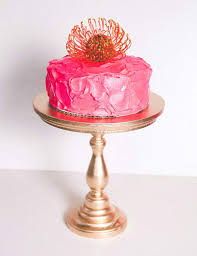 best gold wedding cake stand collections for your special cake if