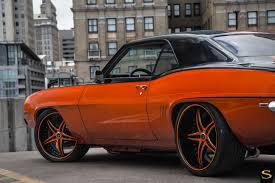 camaro aftermarket rims 1969 chevy camaro forged black di forza bs1 savini wheels