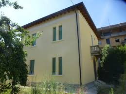 cosy room in a lovely old house room for rent brescia
